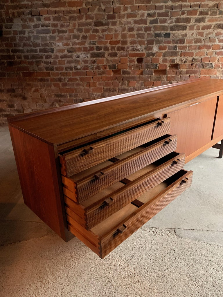 Robert Heritage Knightsbridge Teak Sideboard Credenza by Archie Shine 1960s For Sale 2