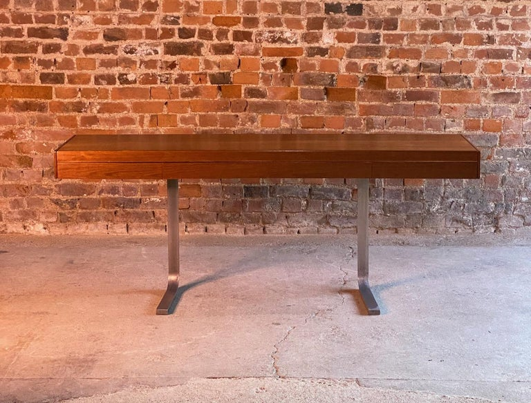 Robert Heritage Planar Teak Console Table for Archie Shine, circa 1960s 4