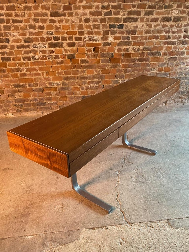 Mid-20th Century Robert Heritage Planar Teak Console Table for Archie Shine, circa 1960s