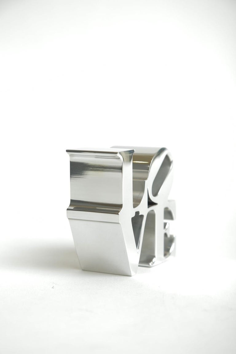 Robert Indiana Love Paperweight Sculpture Vintage Desk Accessory In Good Condition In North Miami, FL