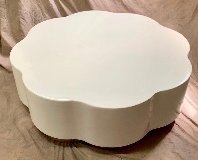Robert Kuo Leaf Design Lacquered Cocktail Table In Good Condition For Sale In Los Angeles, CA