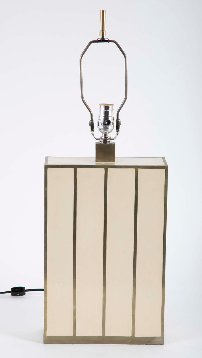 Robert Kuo Table Lamp with Ivory Colored Panels and Brass Banding For Sale 4