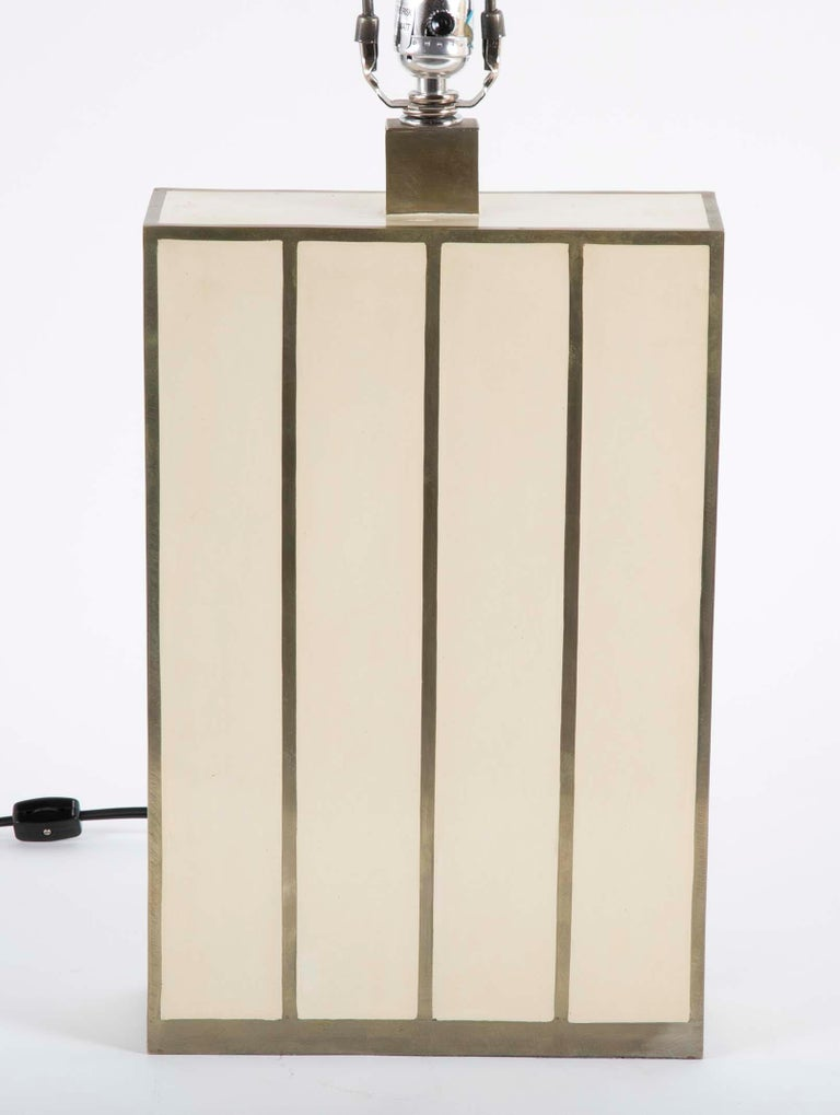 Robert Kuo Table Lamp with Ivory Colored Panels and Brass Banding For Sale 3