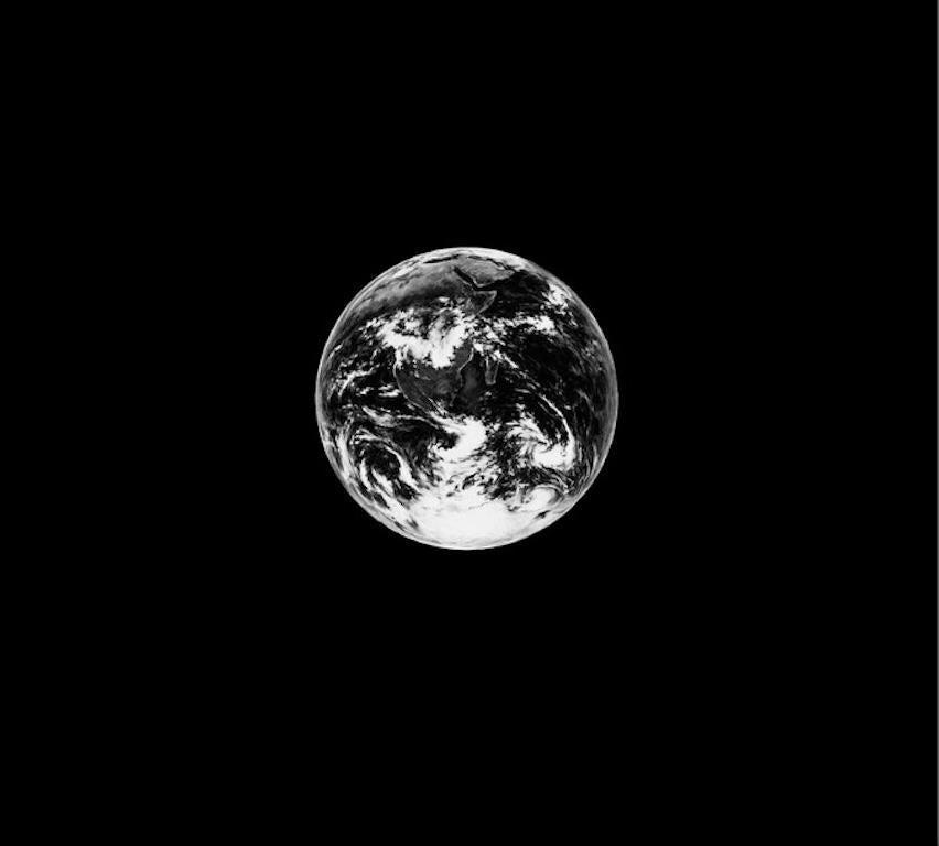 Robert Longo, Small Earth