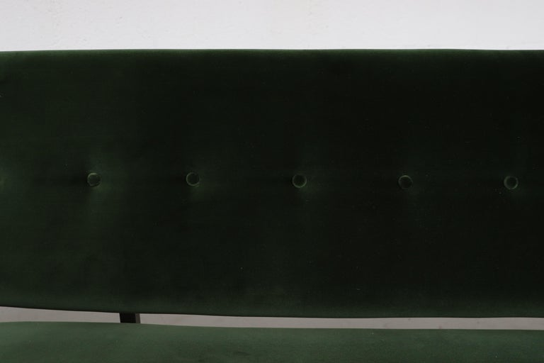 Robert Parry Attributed Mid-Century Sleeper Sofa For Sale 3