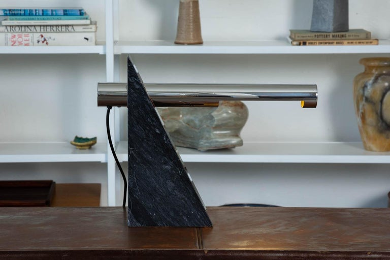 Robert Sonneman Chrome and Marble Table Lamp In Good Condition For Sale In Los Angeles, CA
