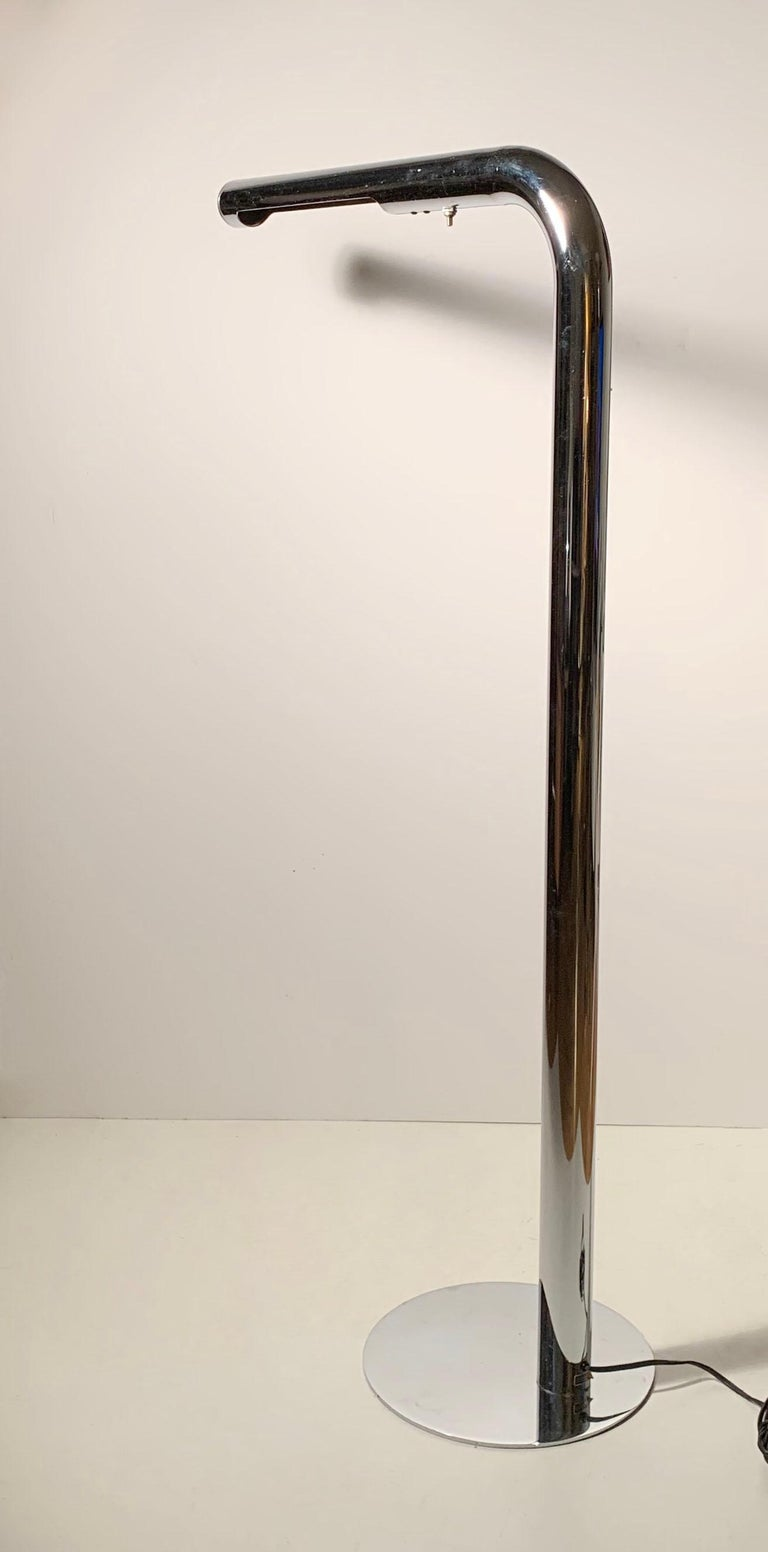 Robert Sonneman Chrome Tube Reading Floor Lamp In Good Condition For Sale In Chicago, IL