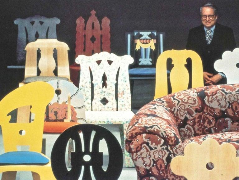 Robert Venturi Knoll 'Grandma' Loveseat Sofa Chenille, 1984, Postmodern Couch For Sale 1