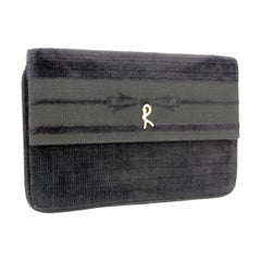 Roberta di Camerino Black Velvet Pochette Evening Bag 1980s Clutch Gold Details