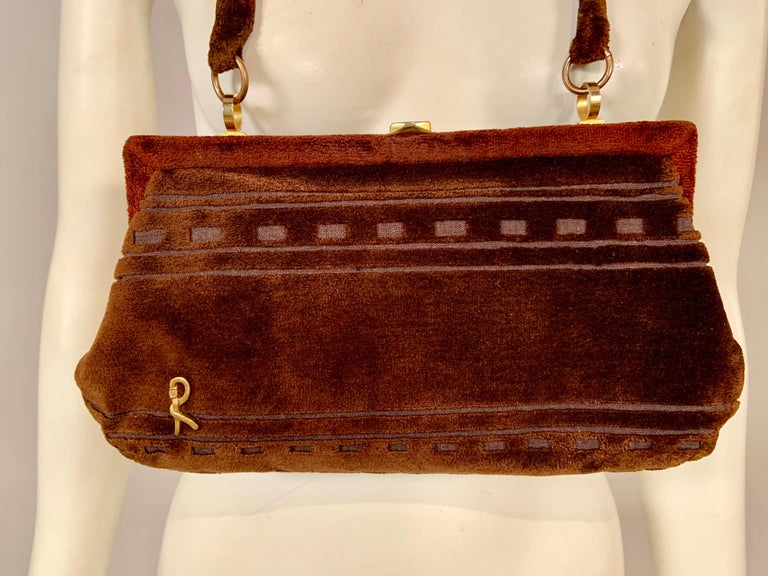 Roberta di Camerino Brown Velvet Clutch Shoulder Bag or Top Handle Bag In Excellent Condition For Sale In New Hope, PA