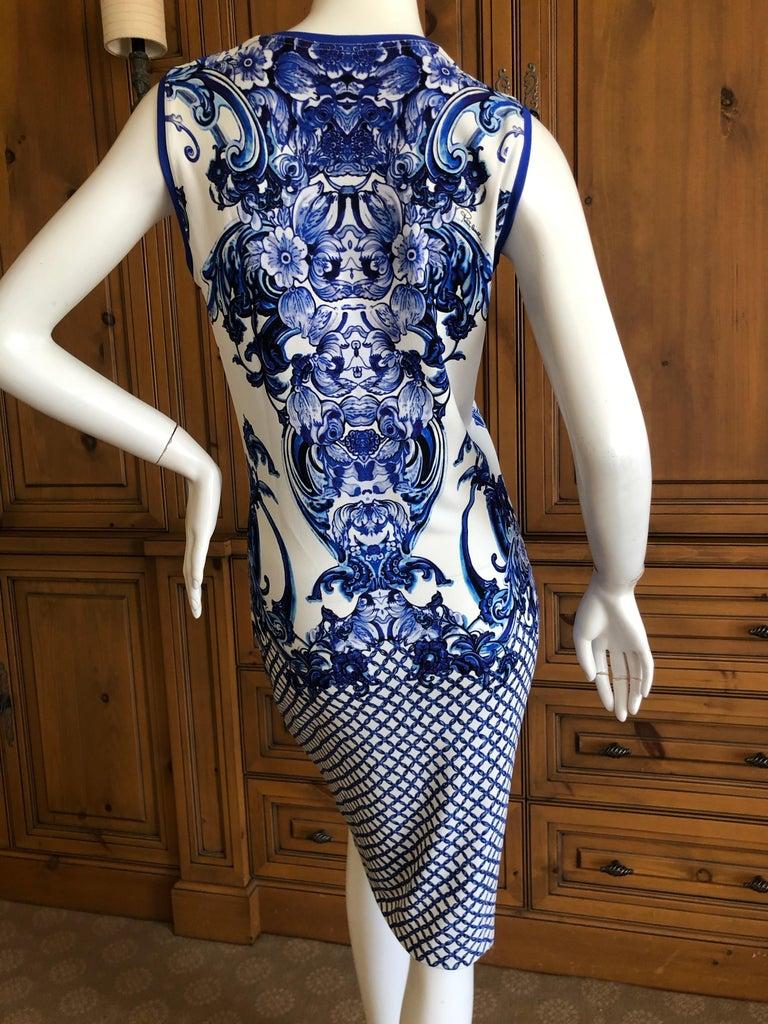 Women's Roberto Cavalli Blue and White Delft China Trade Pattern Sleeveless Shift Dress