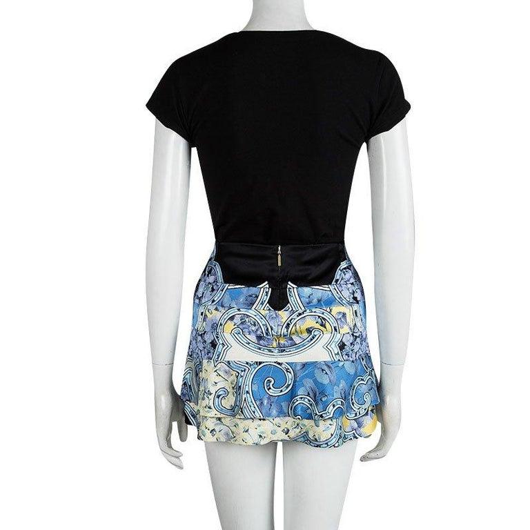 Roberto Cavalli Blue Floral Printed Silk Tiered Mini Skirt S In Good Condition In Dubai, Al Qouz 2