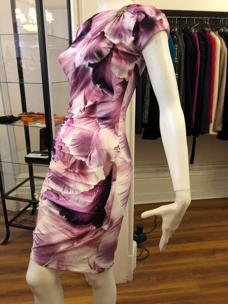 Roberto Cavalli Draped Dress with an Octopus Brooch (S) For Sale 1