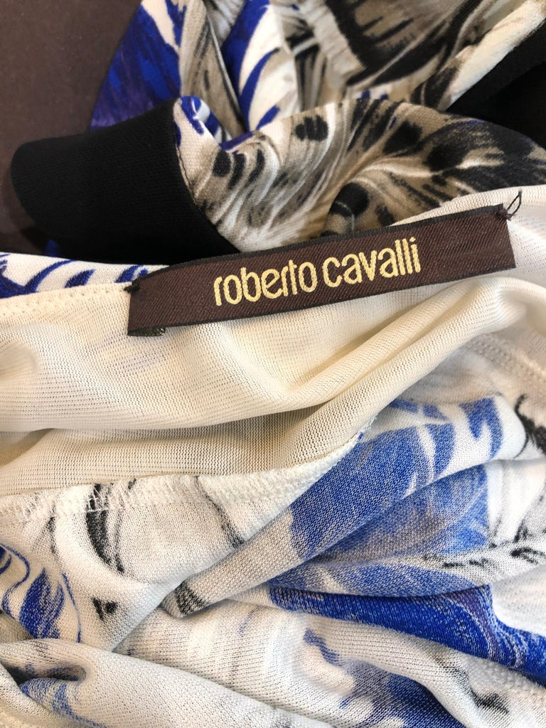 ROBERTO CAVALLI Early 2000s Cobalt Blue Feathers + Rhinestone Handkerchief Dress In Excellent Condition For Sale In Chicago, IL