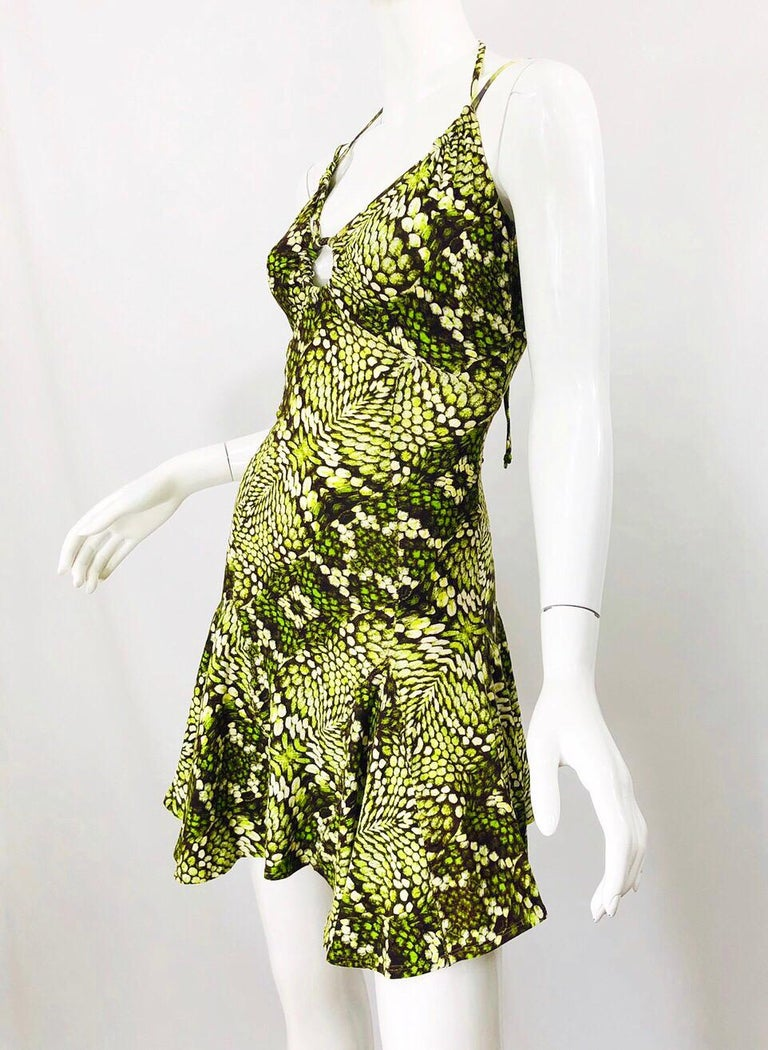 Roberto Cavalli Early 2000s Neon Green Reptile Print Sexy Cut - Out Mini Dress For Sale 2