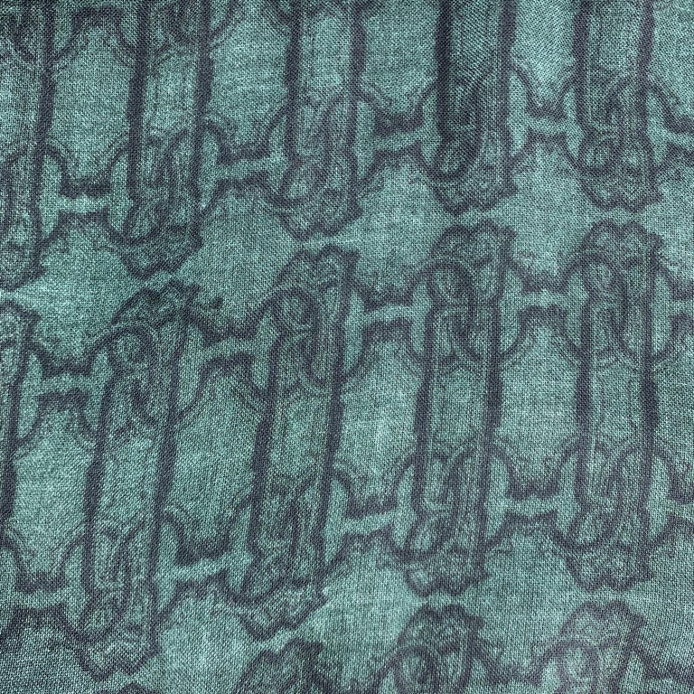 ROBERTO CAVALLI Green Mixed SNake Print Cashmere Blend Scarf In Excellent Condition For Sale In San Francisco, CA