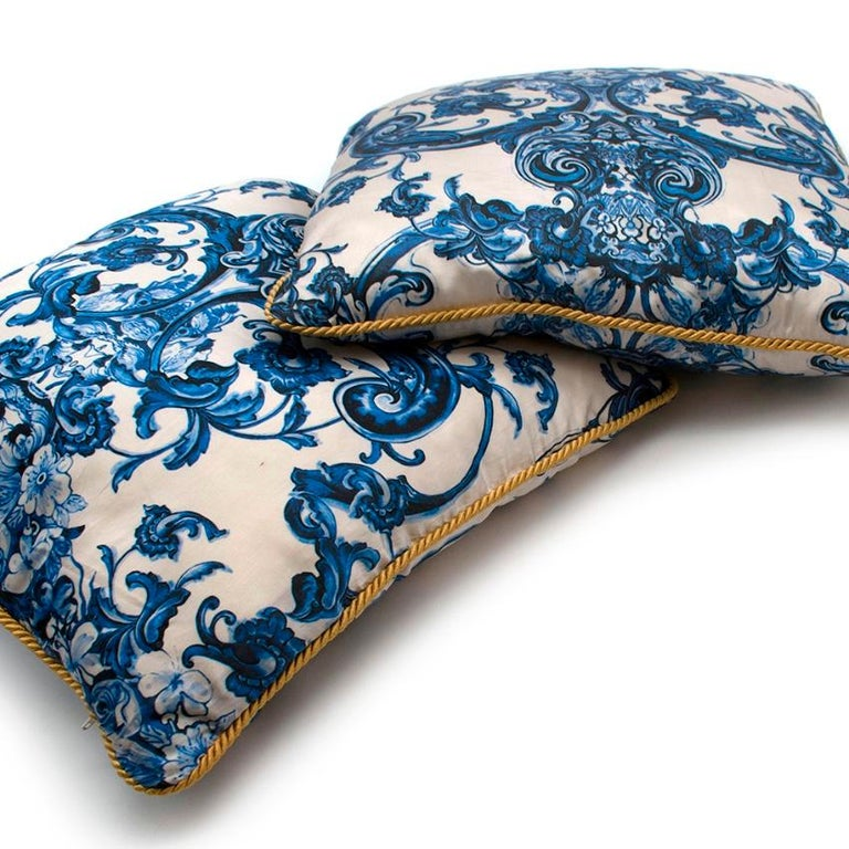 Roberto Cavalli Home Blue Silk Tile Print Set of 2 Cushions For Sale 3