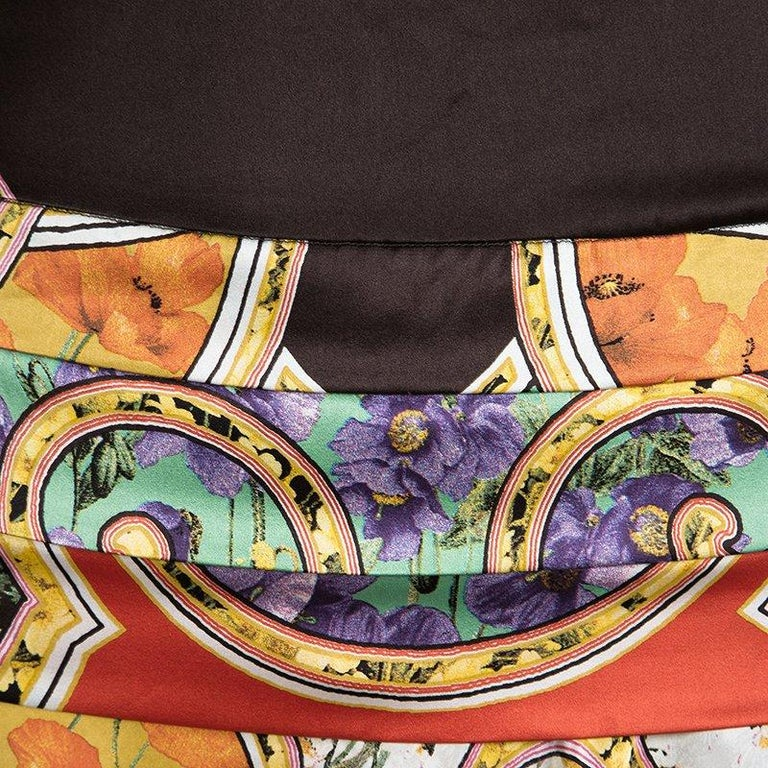 Roberto Cavalli Multicolor Floral Printed Silk Tiered Mini Skirt S In Good Condition In Dubai, Al Qouz 2