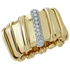 Roberto Coin 18 Karat Yellow Gold and Diamond Ring