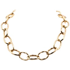 Roberto Coin 18 Karat Yellow Gold Hammered Oval Link Necklace
