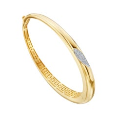 Roberto Coin 18 Karat Yellow Gold Hinged Bangle Bracelet with Diamond Accent