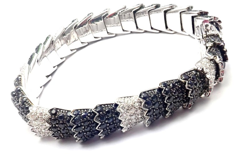 Roberto Coin Cobra Diamond Black Sapphire White Gold Bracelet In Excellent Condition For Sale In Holland, PA