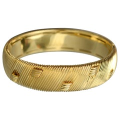 Roberto Coin Hinged Gold Bangle Bracelet