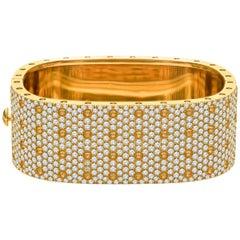 Roberto Coin Pois Moi 18 Karat Yellow Gold 4-Row Diamond Square Bangle Bracelet