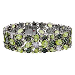 Roberto Coin Shanghai Womens 18 Karat Gold Peridot and White and Green Diamond