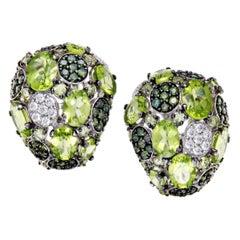 Roberto Coin Shanghai Womens 18 Karat Gold White and Green Diamond and Peridot