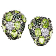 Roberto Coin Shanghai Womens 18 Karat Gold White and Green Diamond and Peridot