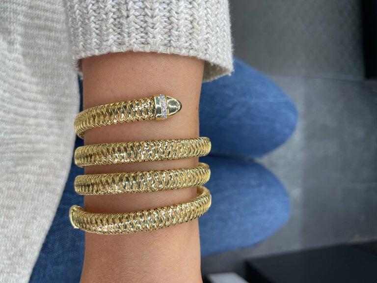 Roberto Coin Tubogas Snake Bracelet 18 Karat Yellow Gold 50.5 Grams For Sale 7