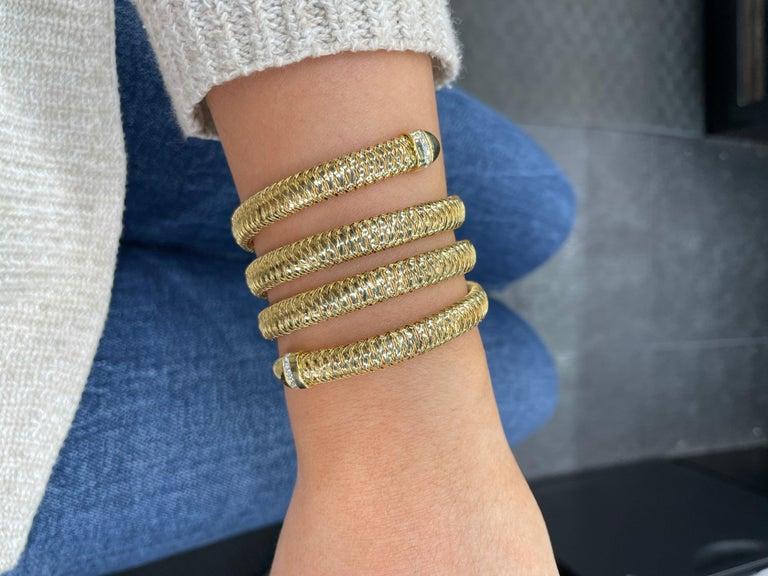 Roberto Coin Tubogas Snake Bracelet 18 Karat Yellow Gold 50.5 Grams For Sale 10