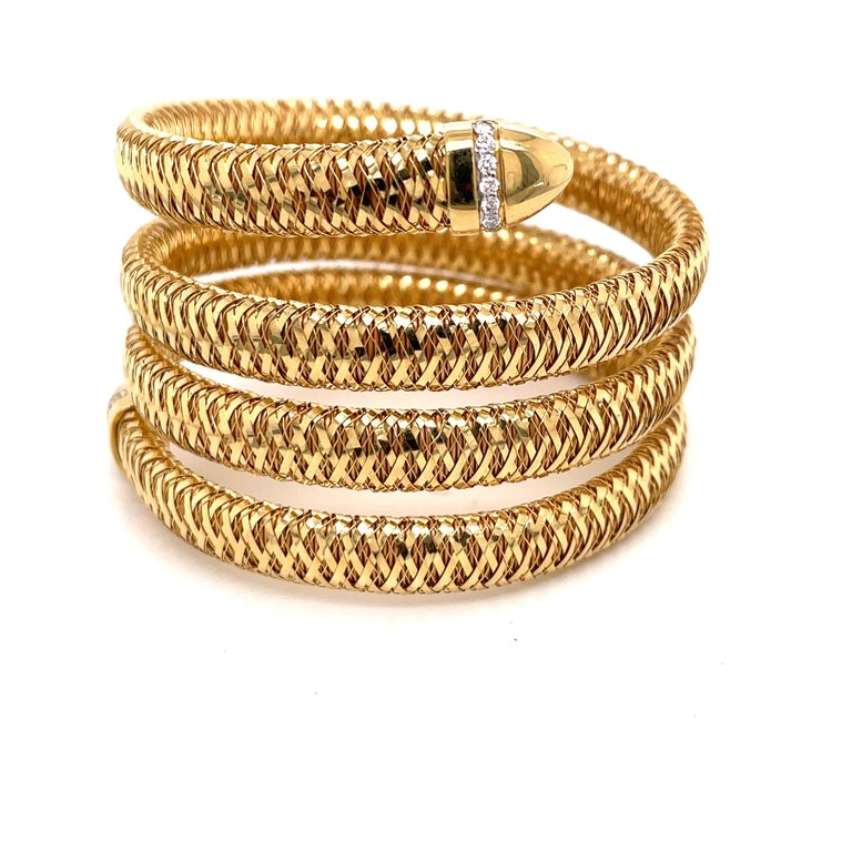 Contemporary Roberto Coin Tubogas Snake Bracelet 18 Karat Yellow Gold 50.5 Grams For Sale