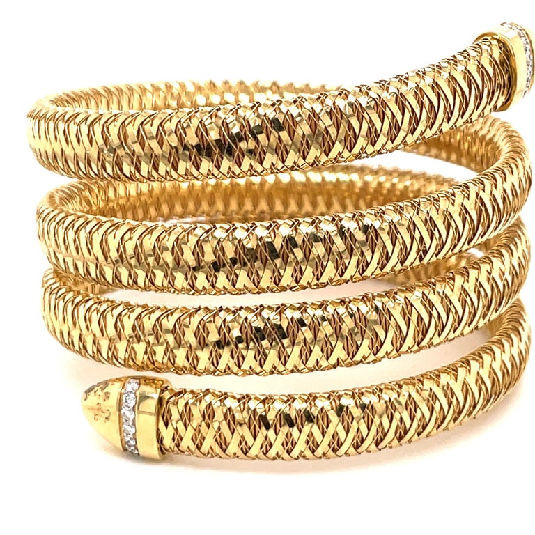 Roberto Coin Tubogas Snake Bracelet 18 Karat Yellow Gold 50.5 Grams In Excellent Condition For Sale In New York, NY