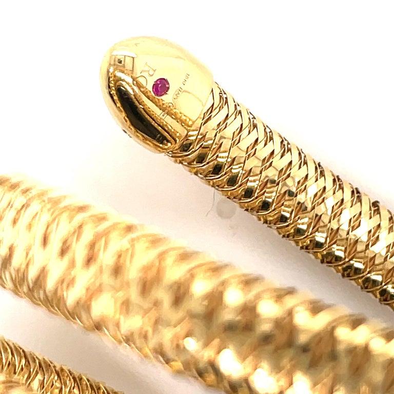 Roberto Coin Tubogas Snake Bracelet 18 Karat Yellow Gold 50.5 Grams For Sale 3