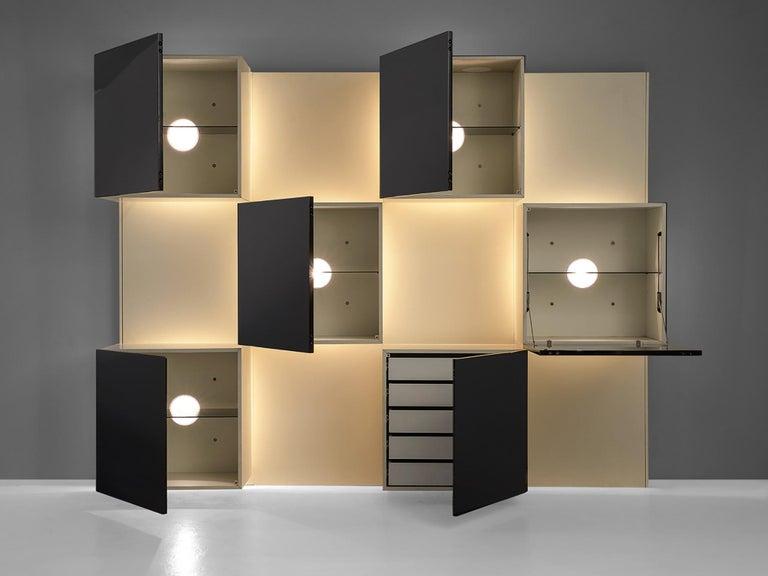 Late 20th Century Roberto Monsani Illuminated Wall Unit For Sale