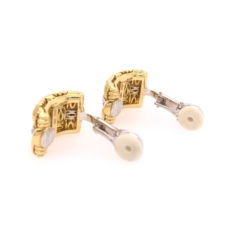 Robeto Coin Yellow Gold Diamond Earrings In Good Condition For Sale In Dallas, TX