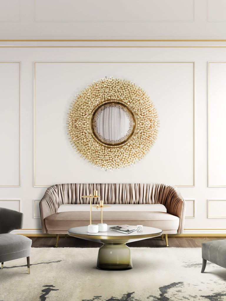 Robin Mirror in Polished Brass In New Condition For Sale In New York, NY