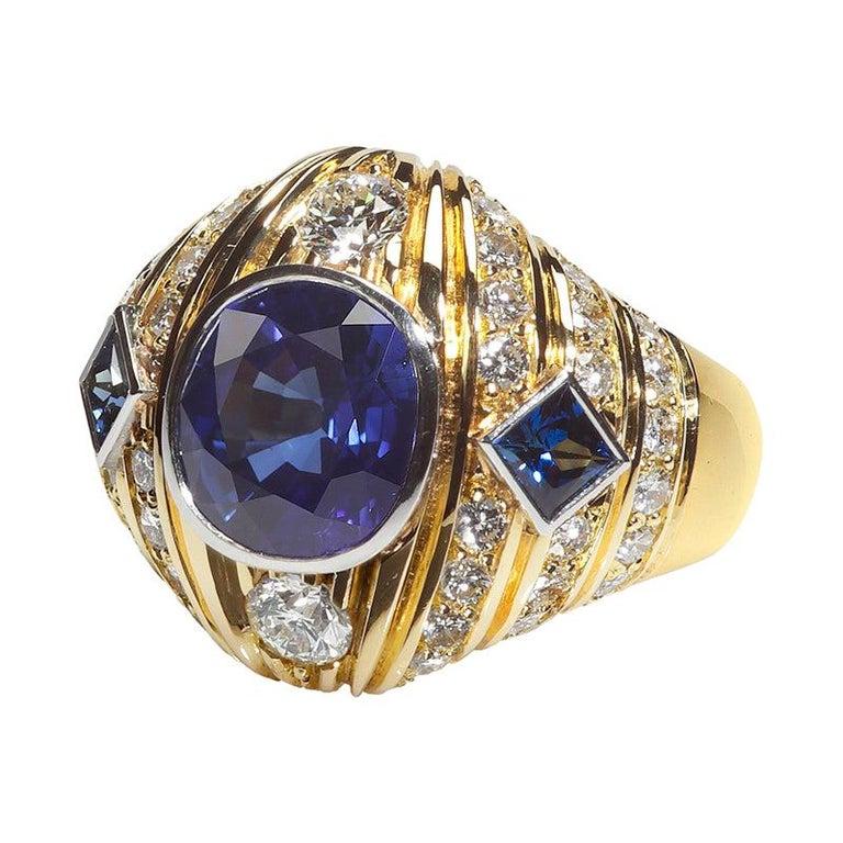 Robin Woolard 3.77 Carat Ceylon Cushion Sapphire Diamond 18 Karat Gold Ring For Sale