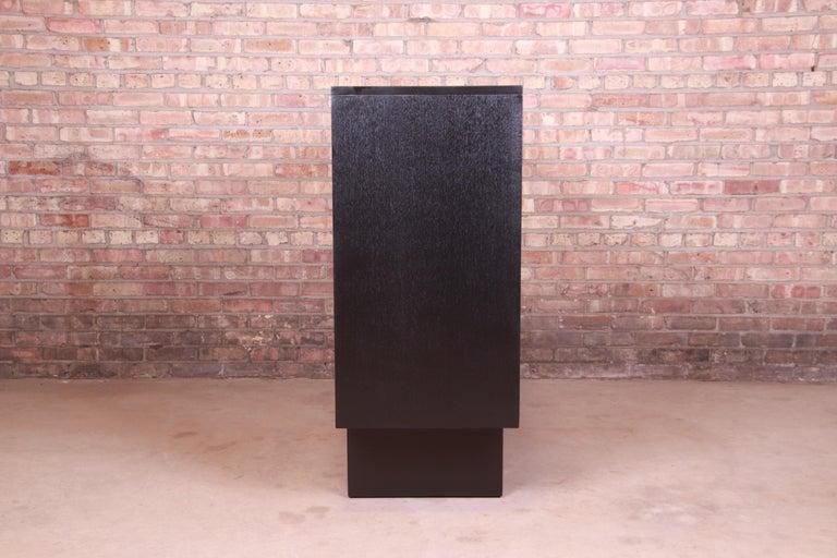 Robsjohn-Gibbings for Widdicomb Black Lacquered Gentleman's Chest, Refinished For Sale 7
