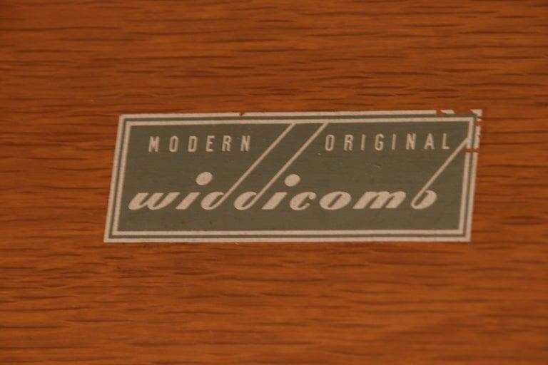 Robsjohn-Gibbings for Widdicomb Black Lacquered Gentleman's Chest, Refinished For Sale 9