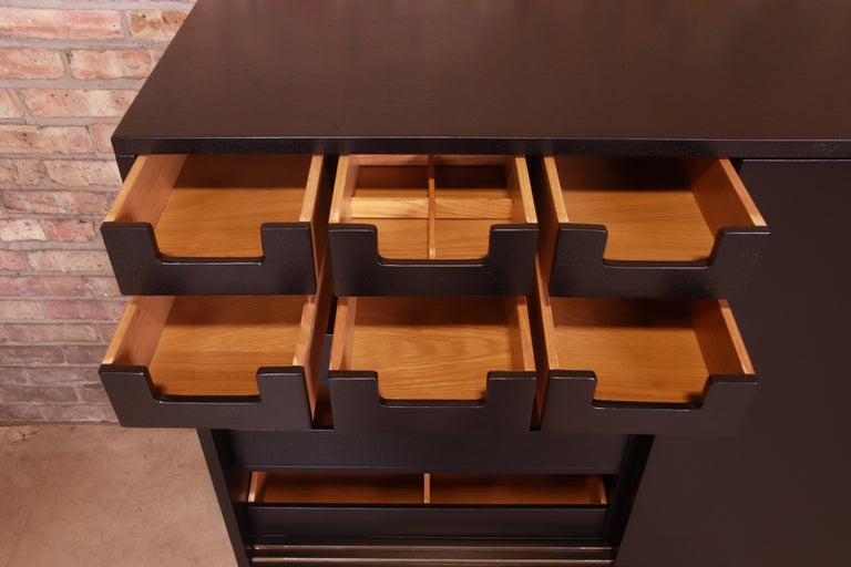 Robsjohn-Gibbings for Widdicomb Black Lacquered Gentleman's Chests, Refinished For Sale 5