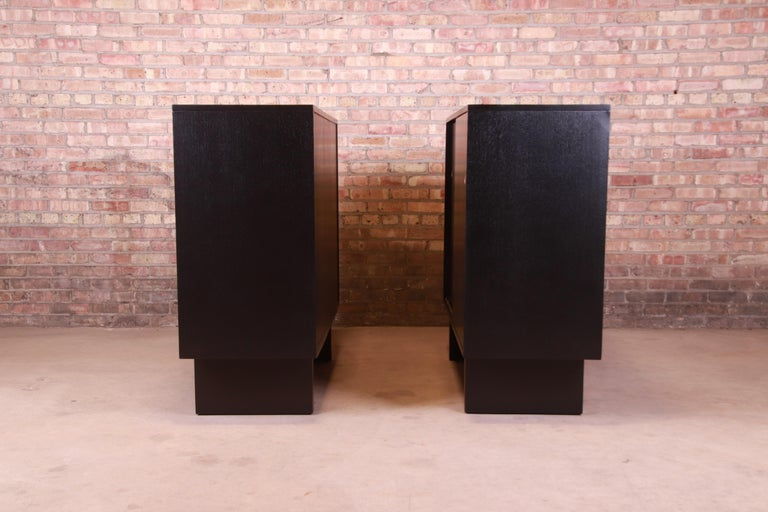 Robsjohn-Gibbings for Widdicomb Black Lacquered Gentleman's Chests, Refinished For Sale 7