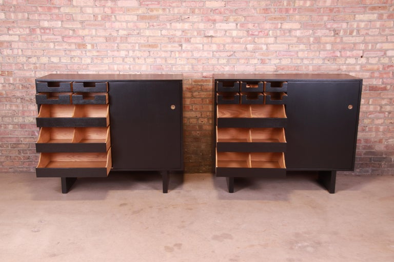 Robsjohn-Gibbings for Widdicomb Black Lacquered Gentleman's Chests, Refinished For Sale 2