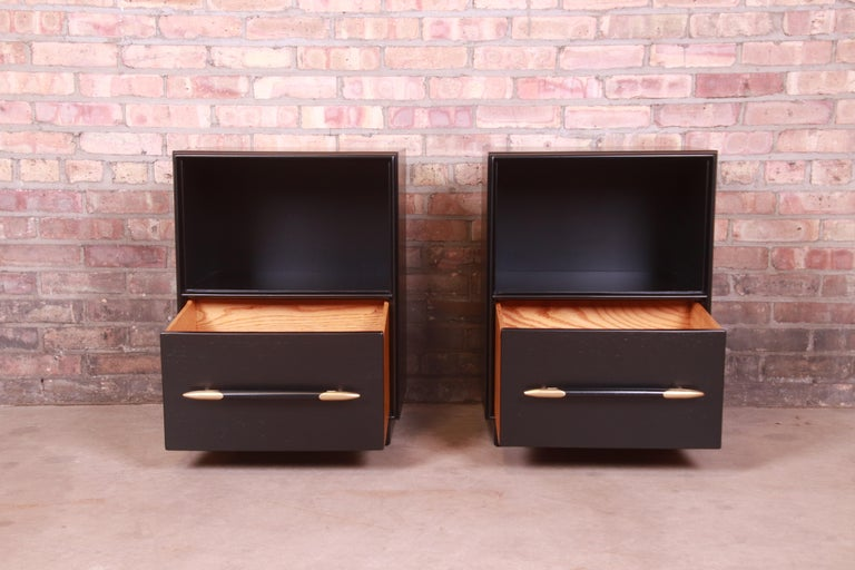 Robsjohn-Gibbings for Widdicomb Black Lacquered Nightstands, Newly Refinished For Sale 3