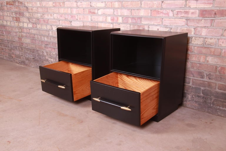 Robsjohn-Gibbings for Widdicomb Black Lacquered Nightstands, Newly Refinished For Sale 5