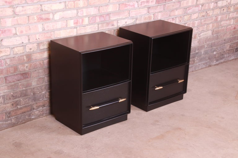 Mid-20th Century Robsjohn-Gibbings for Widdicomb Black Lacquered Nightstands, Newly Refinished For Sale