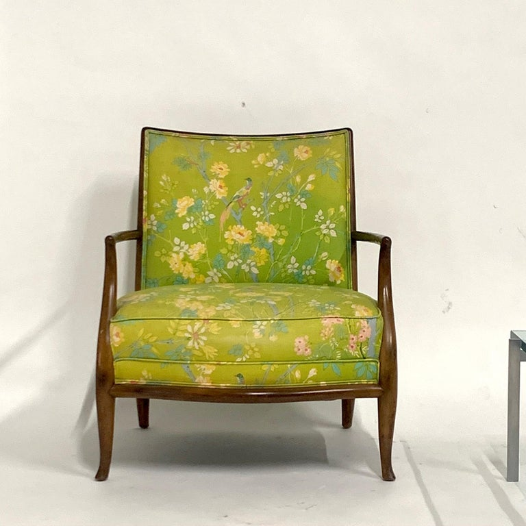 Lovely and comfortable Robsjohn Gibbings lounge chair. This is the