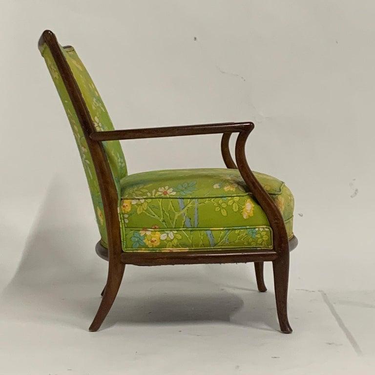 Robsjohn Gibbings for Widdicomb Model 2024 Lounge Chair w. Whimsical Upholstery In Good Condition For Sale In Hudson, NY